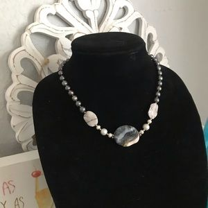 Genuine Pearl & Polishes Stones Necklace